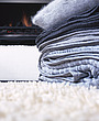 blankets on shag pile rug - 9784-240-1