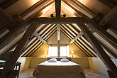 Attic bedroom - 12689-10-1