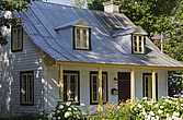 Old Canadiana styler residential home, Quebec, Canada - 13559-580-1