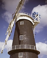 Berney Arms Windmill, Great Yarmouth, Norfolk, UK - 32120-10-1