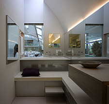 Split level bathroom in Paxton House, London, UK - 11655-440-1