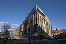 Frederiksberg Courthouse takes its signal from the distinct roof and robust materials of the neighboring neo-classical facility designed by Hack Kampm... - 15564-70-1
