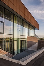 The new sports hall for Campus Ringsted, south of Copenhagen utilizes the enormous potential to orchestrate various functions in one contemporary arch... - 16247-70-1