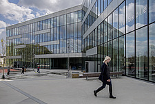 Roskilde Technical School (RTS) is an educational institution with 3,000 students and 350 employees - 16248-130-1