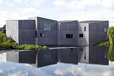 The Hepworth Gallery in Wakefield, UK - 16264-10-1