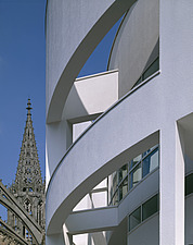 Stadthaus, Ulm, Germany   (1986-93) - Townhall and cathedral - 4870-20-1