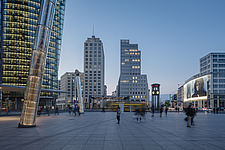 Potsdamer Platz with Delbrück-Haus and BahnTower in the background - 16763-180