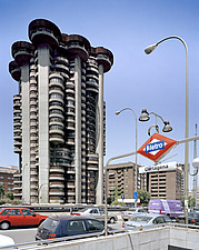 Torres Blancas Brutalist cylindrical tower block - 10764-30-1