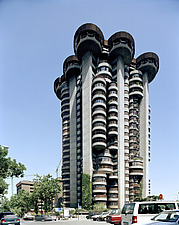 Torres Blancas Brutalist cylindrical tower block - 10764-60-1