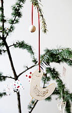 Fir tree branch with natural  Christmas decorations - 16850-180