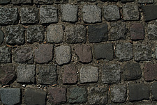 Close up of square grey paving blocks - 10639-70-1