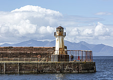 Ardrossan Harbour Lighthouse with Isle of Arran in background, Ayrshire, Scotland - 16938-30