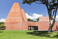 General view of the Paula Rego Museum, Cascais, Portugal, 2009 - 16956-100