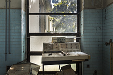 inside of an abandoned animal testing facility in Italy - ARC101283