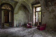 a living room in an abandoned house in Italy - ARC101456