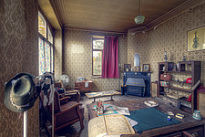 the living room in an abandoned house in Belgium - ARC101493