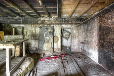 a room on the top floor of an abandoned house in Italy - ARC101496