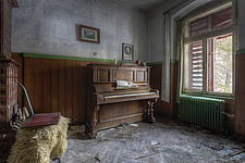 a piano in an abandoned hotel in Austria - ARC101503