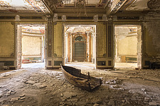 a room in an abandoned villa with a boat on the floor in Italy - ARC101513