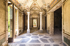 an abandoned hallway with pillars in Villa Minetta in Italy - ARC101514