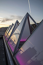 The roof of the newly refurbished Hayward Gallery, a world-renowned contemporary art gallery and landmark of Brutalist architecture on London's South... - ARC102062