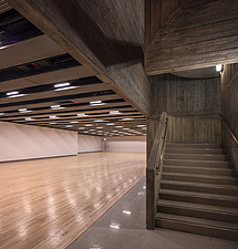The new interior of the Hayward Gallery, a world-renowned contemporary art gallery and landmark of Brutalist architecture on London's South Bank - ARC102071