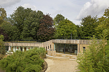 Exterior of Ashbrook House, a contemporary family eco-house in Blewbury, South Oxfordshire, UK - ARC102945