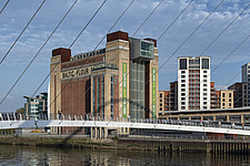 Baltic Centre of Contemporary Art and the Millennium Bridge, Gateshead, UK - ARC104110