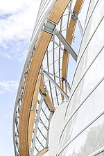 Detail of the curved façade of the Fondation Louis Vuitton by Frank Gehry completed in 2014 - ARC105630