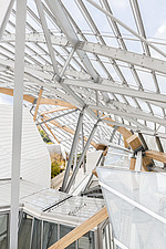 Roof terrace of the Fondation Louis Vuitton by Frank Gehry completed in 2014 - ARC105639