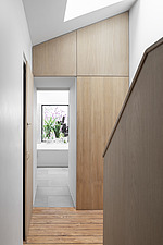 Hallway and bespoke timber staircase - ARC107697
