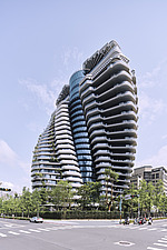 The Tao Zhu Yin Yuan Tower, or Agora Garden, is a sustainable residential tower in Taipei, Taiwan - ARC108307